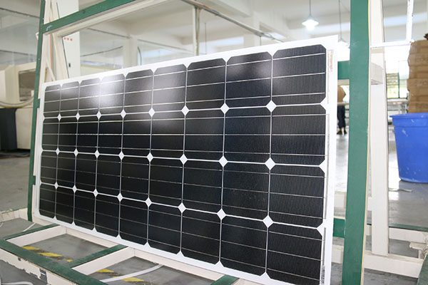 Factory wholesale price for Mono-Crystalline 180W Solar Panel Factory in Roman